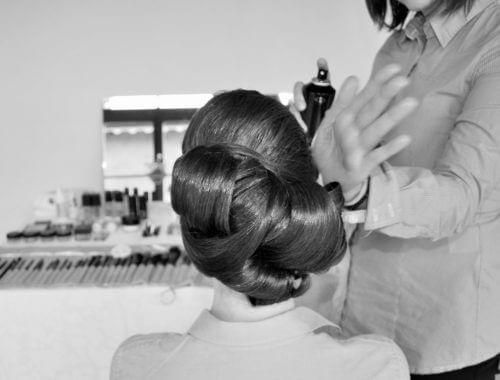Finezyjne upięcie włosów